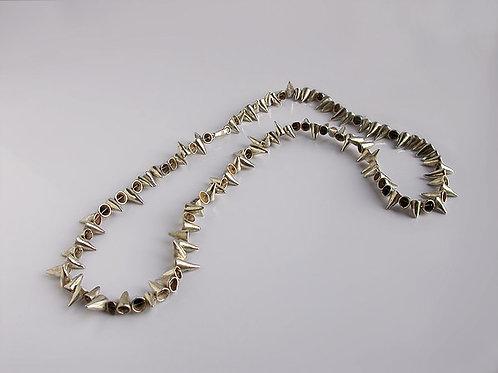 Conitos: collar de plata (extendido)