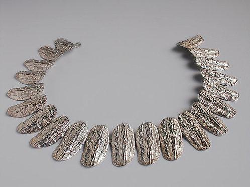 Corteza: collar de plata