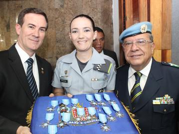 Associação que preserva a paz e Coronel Camilo entregam medalhas na Assembleia Legislativa