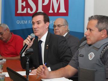 Coronel Camilo faz palestra no CONSEG da Vila Mariana