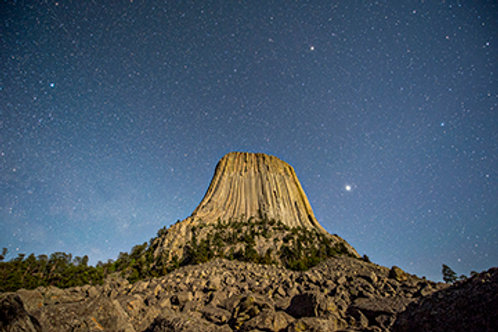 Devil's Tower at Night