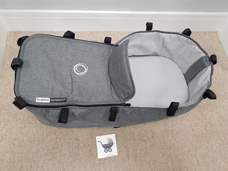 Bugaboo Cameleon 3 carrycot with apron in grey melange