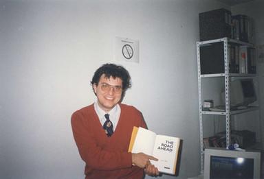 Книга со потпис од Бил Гејтс