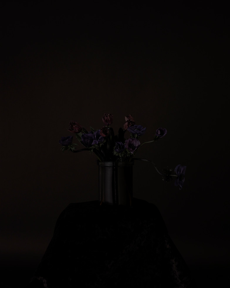 10 Black Memorabilia - Lee Sunjoo