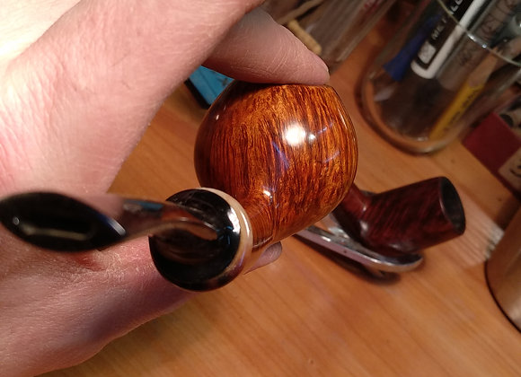 Long shank apple with Ox horn ring Grade A