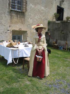 Robe_à_l'anglaise_1770.jpg