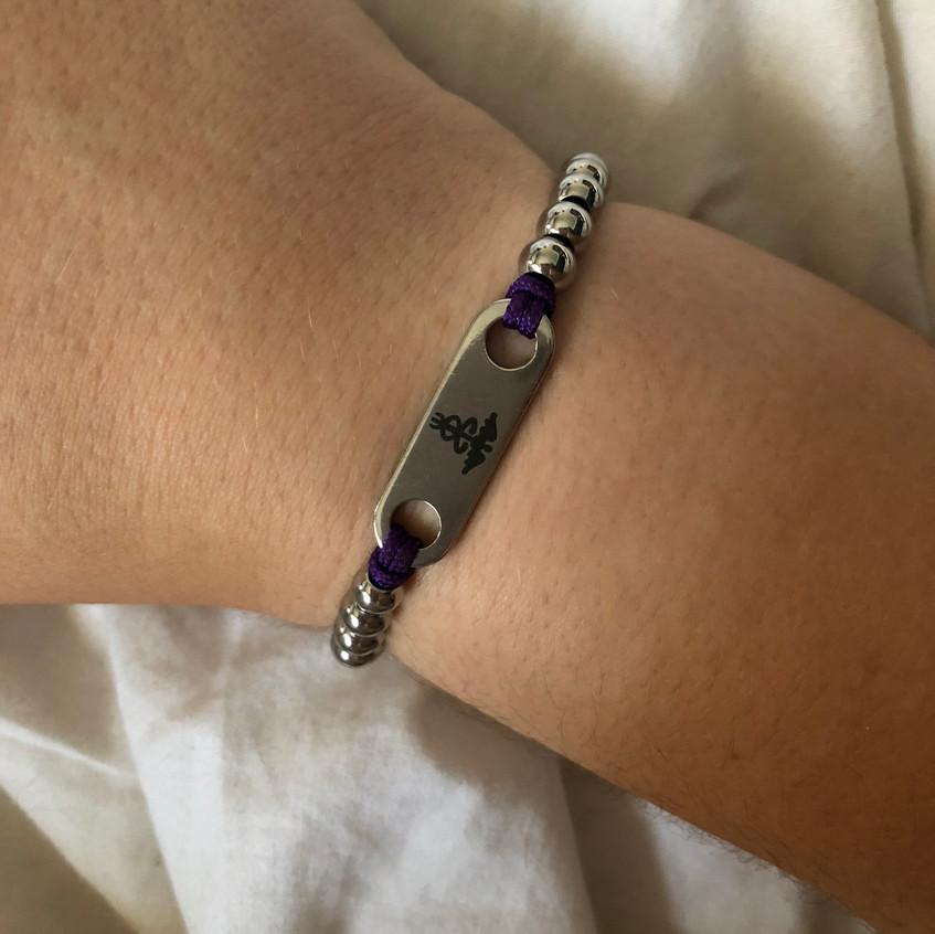 Medical bracelet top
