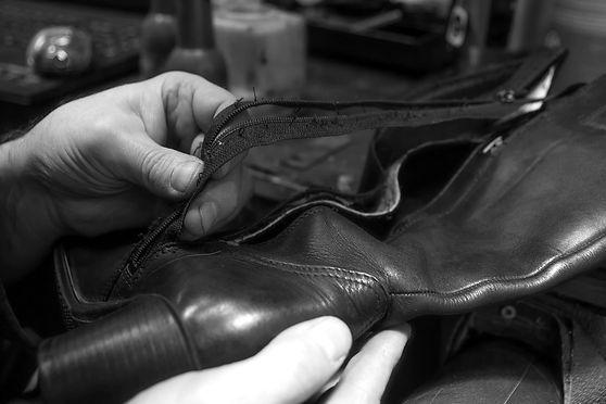 shoe-repair-4811445_1920_edited.jpg