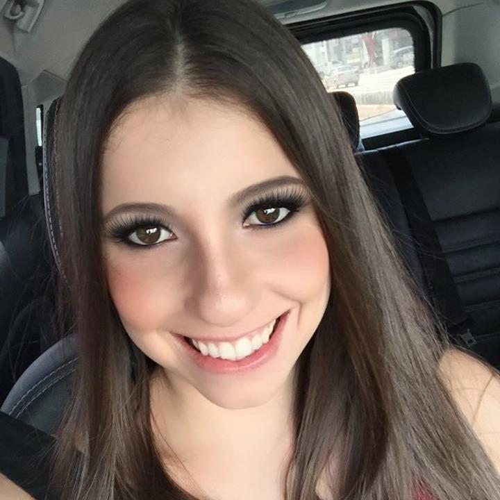 Yasmim Oliveira