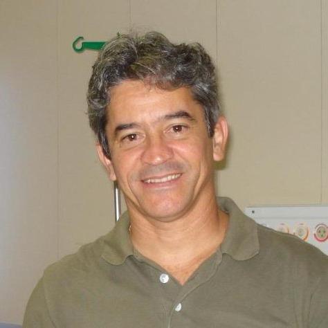 José Queiroz