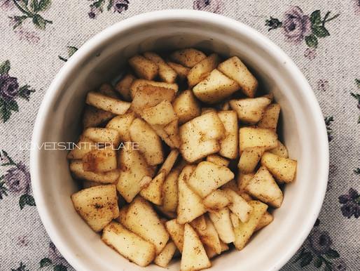 Crumble di grano saraceno, cioccolato e mele