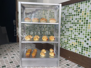 Imitated a glass bread cabinet of the old HK
