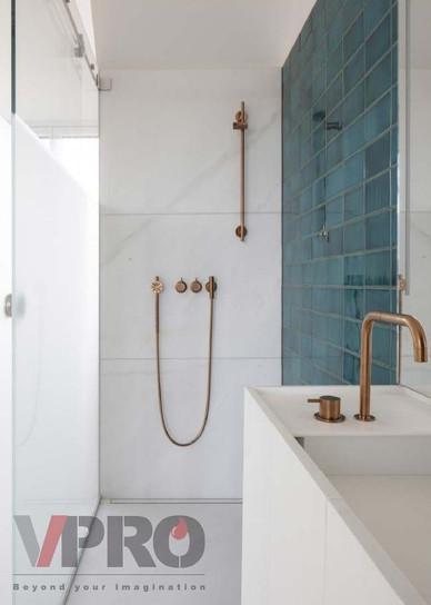 Bathroom 4_edited.jpg