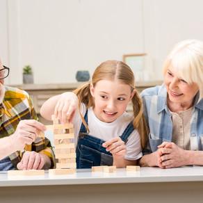 Конфликтуете с бабушками и дедушками из-за воспитания внуков? Пару советов, как их избежать!