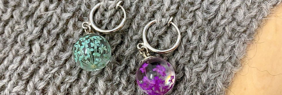 Stitch Markers 100% real pressed flowers | KAIJUU Fibers x Odoroki Studio