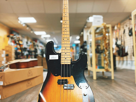 Begagnad Fender Precision Bass Mike Dirnt Road Worn 8995:-