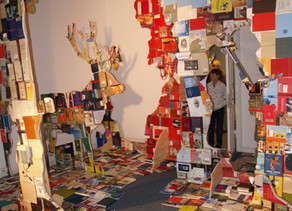 Hunting piece, an installation of books.