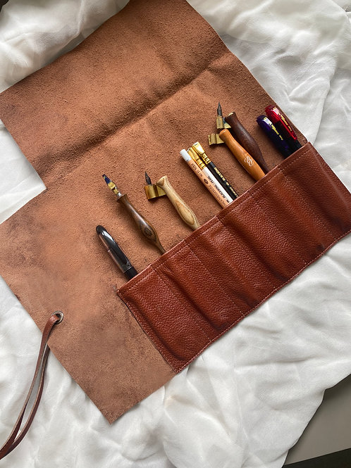 Classic Leather Pen Roll