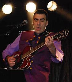 Stefaan Van Gysegem, gitaar, zang