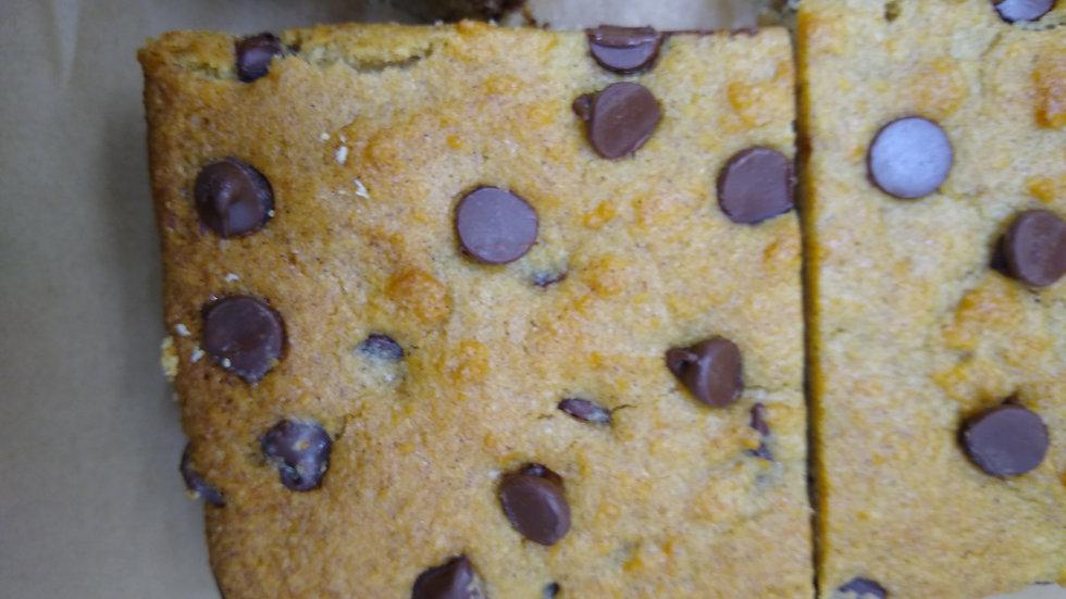 KETO Banana_ Chocolate Chips Cake