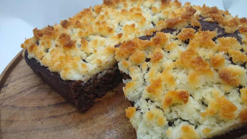 KETO Coconut Macaroon Brownies