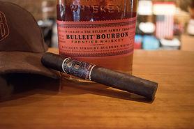 cigar-4229575_1920.jpg