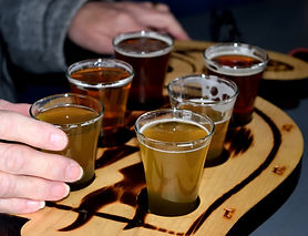 beer-tasting-flight-4778258_1920.jpg