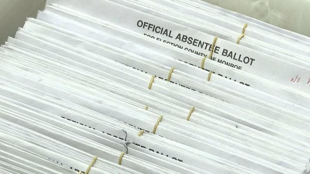 Absentee ballot image.jpg
