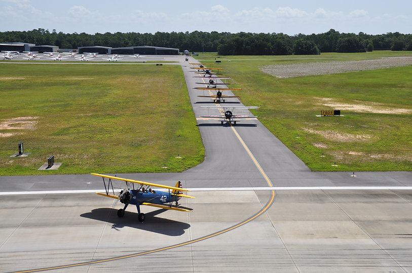 24 Stearmans - 6 taxiing into position R