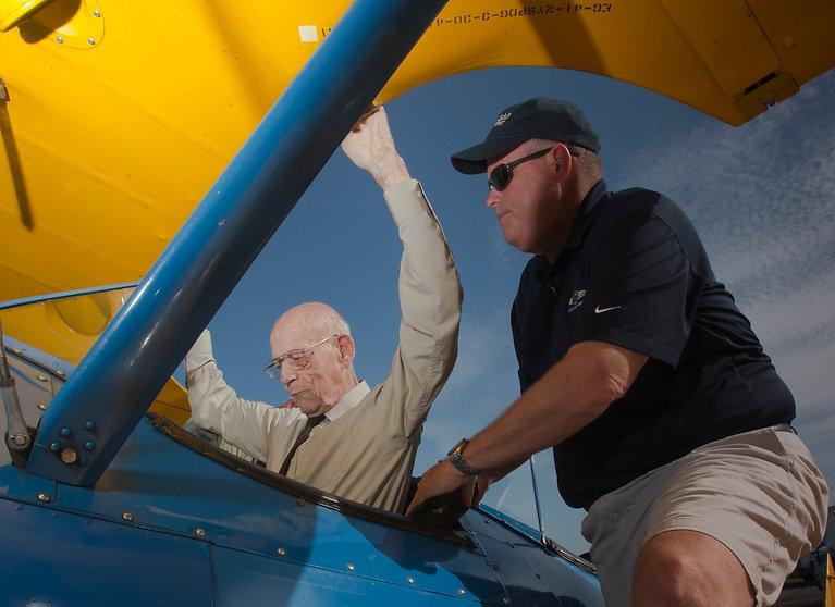 2015 Veterans Flight_15.JPG
