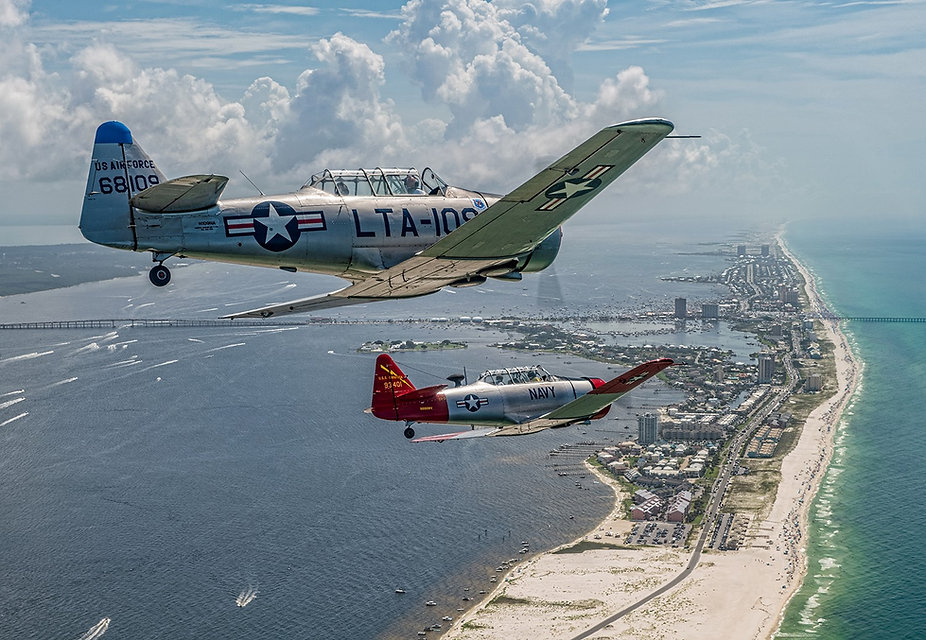 T-6's (Art Leach and Dan Peterson).jpg