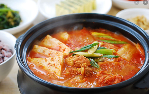 Kimchi Stew by MAMA HALLA