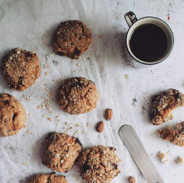 White Chocolate & Almond Oat Cookies by Fwdge