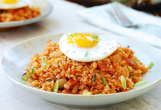 Kimchi Fried Rice With Tuna or Bacon by MAMA HALLA