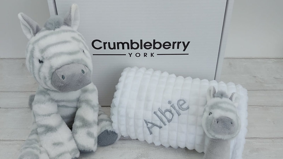 Neutral/Unisex Baby Gift Set – Personalised Baby Blanket with Toy & Rattle