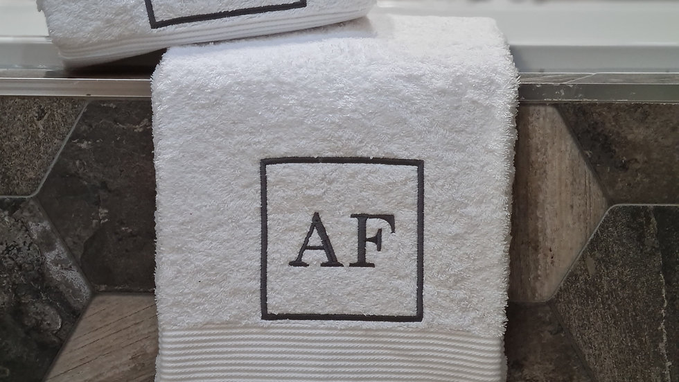 Personalised pair of hand towels