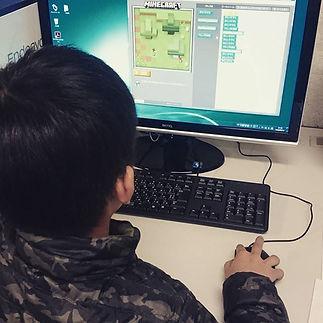 今日の子どもプログラミング&ロボット教室は、プログラミングをやってみたい小学3年