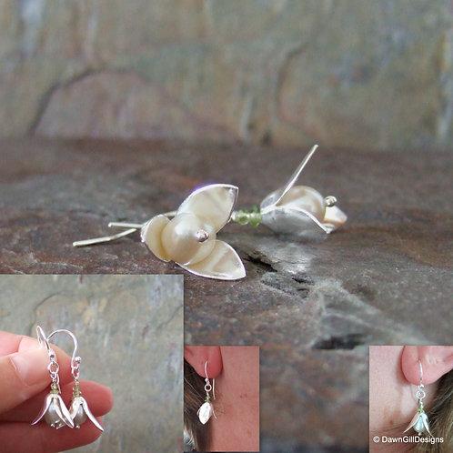 Snow drop earrings - peridot and pearl (or add birthstones)