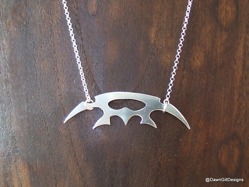 Star Trek inspired sterling silver Bat'leth necklace, Klingon Sword of Kahless