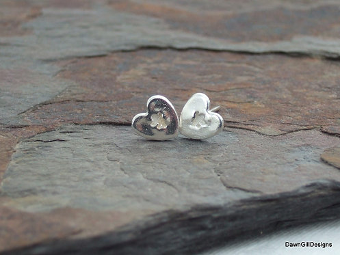 Cherub love heart stud earrings