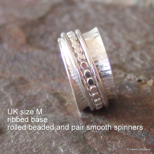Spinner Ring size M