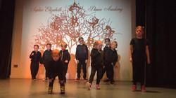 Atom Street Dance