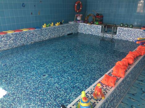 Еще один бассейн для будущего поколения Россиян!