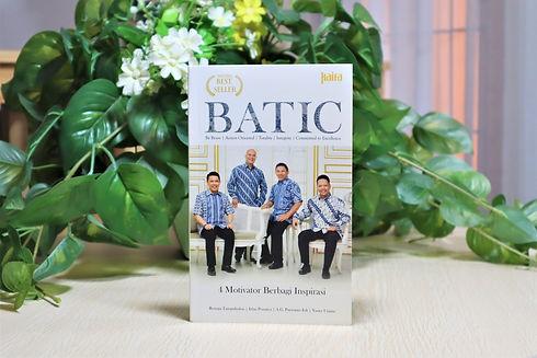 Buku 3 Batic.JPG