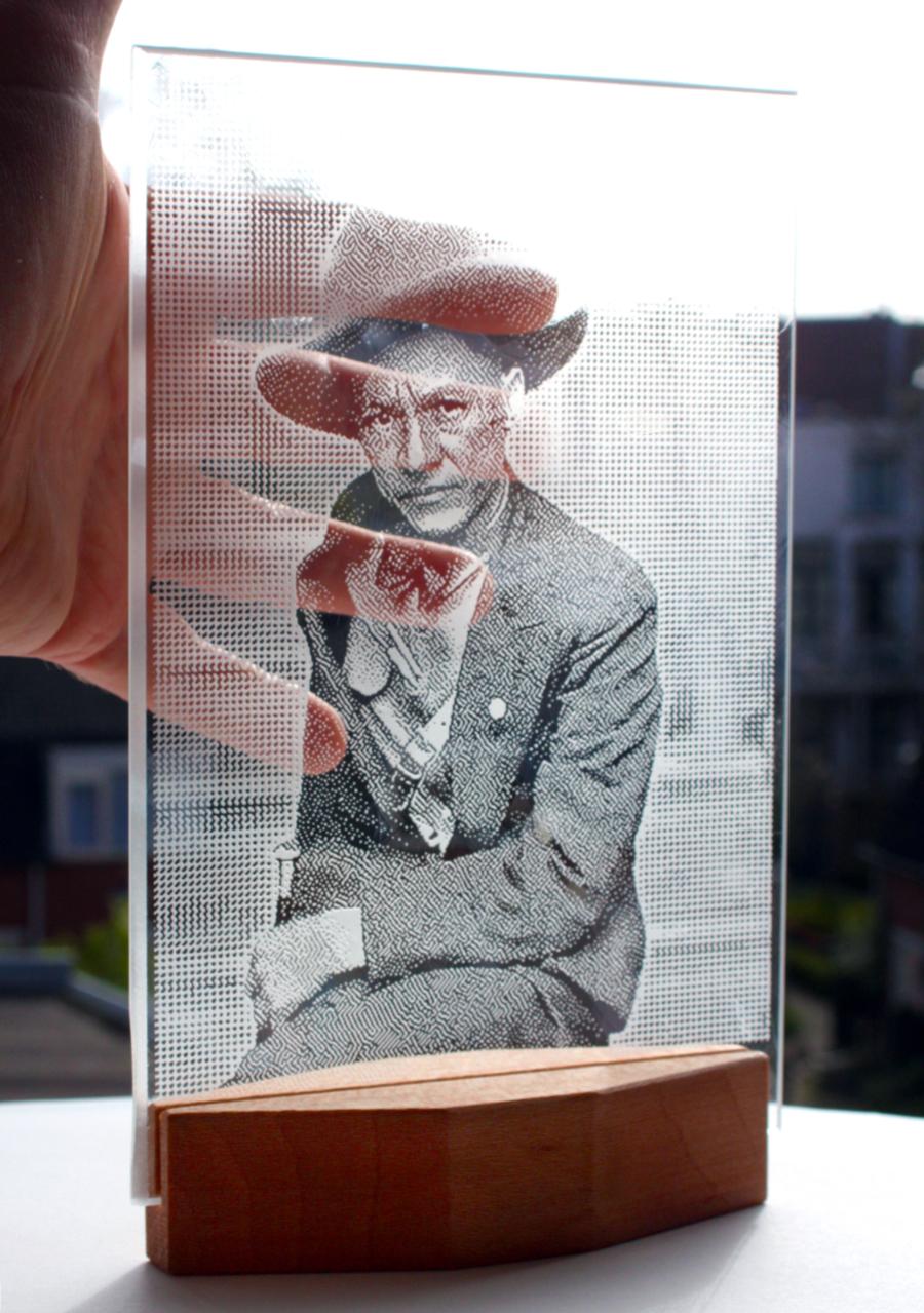 portret in helder glas
