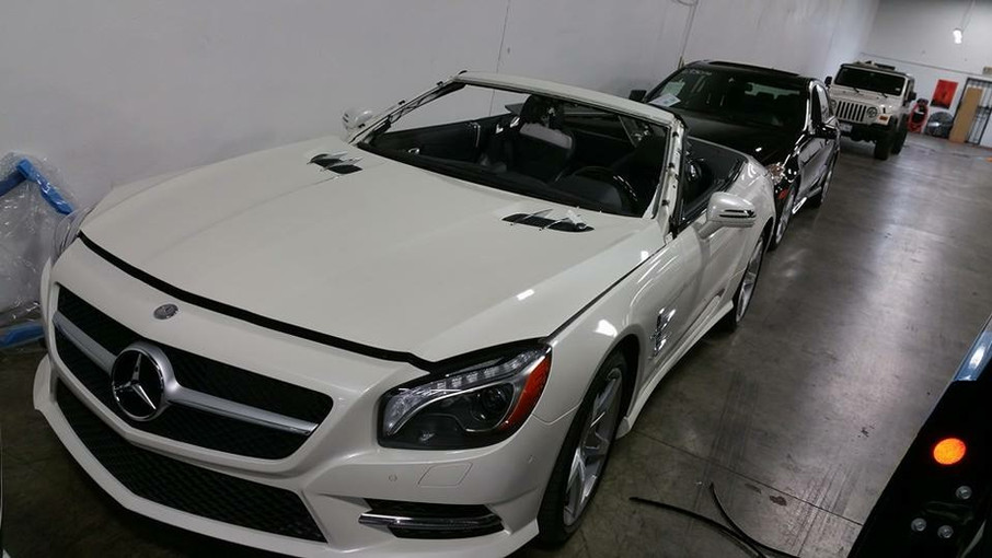 Mercedes-Windshield Replacement
