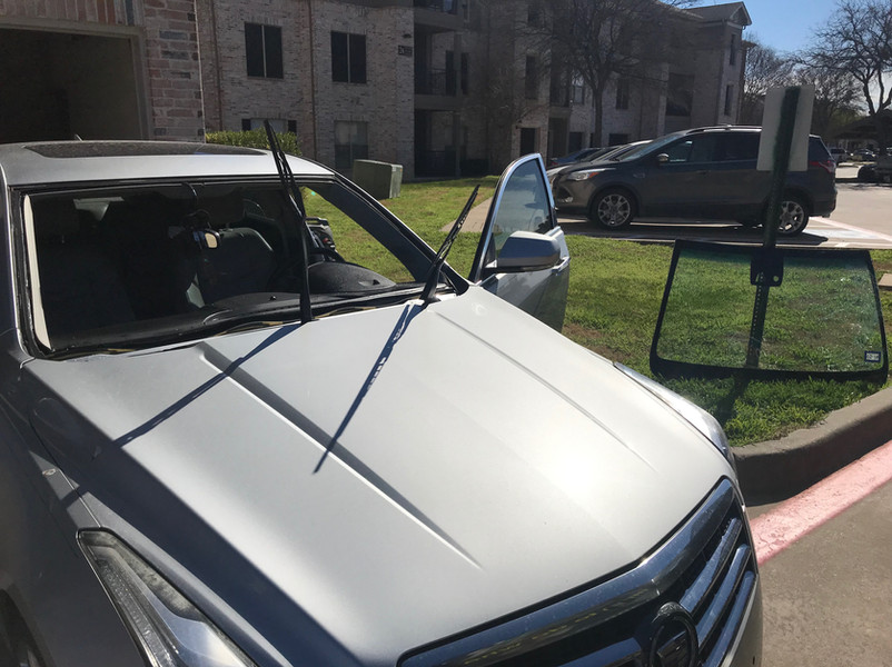 Windshield Replacement_9184.jpg
