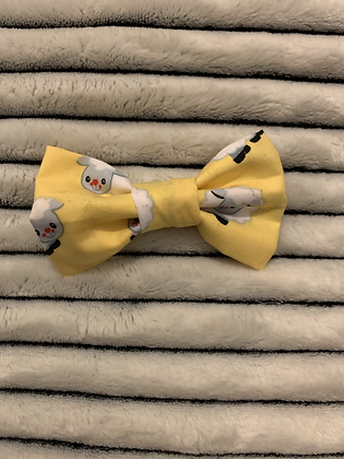 SALE Small Bow Yellow sheep