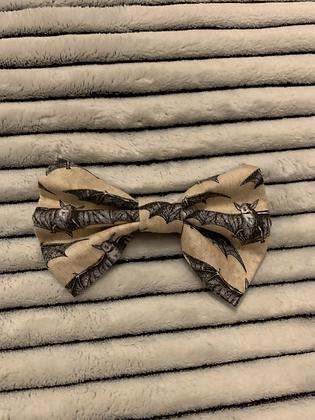 SALE Medium Bow - Battitude