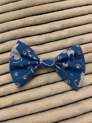 SALE Medium Bow - Blue cat